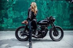 #caferacergirl #motorcyclesgirls #chicasmoteras   I caferacerpasion.co  – Elisa Bdn
