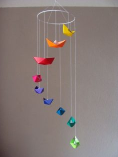 A real eye-catcher for every room! Mobile in glitter look with 9 boats in bright colors, folded to origami. Each boat is different  – jasonselectronicinfo