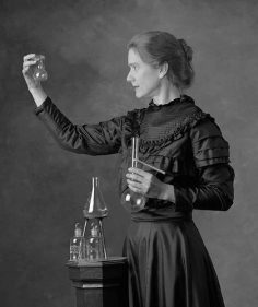 Marie Curie – 1867-1934 – Physicist and chemist of Polish origin; first woman Nobel Prize, the only one to have received the Nobel twice, in two different fields.  – hypathie