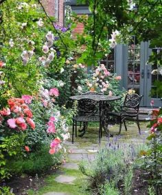 We've compiled a collection garden styles to assist obtain you started design the garden you've constantly dreamed about. #gardenideas #gardendesign #designgarden #garden_landscaping #landscape_design #landscaping_ideas #backyard_ideas  – cristinabphoto