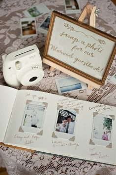 Our blogger bride-to-be Elise from WTFab is back today to share her favorite wedding guestbook ideas. Read on for one of a kind inspiration and the perfect way  – elisatruc